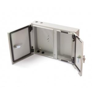 Nástěnný optický rozvaděč pro 24x ST, 24x SC, E2000, LC Duplex, 16x SC Duplex, LC Quad adaptér šedý